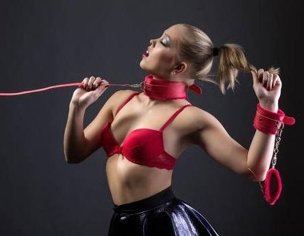 sexy bdsm handcuffs